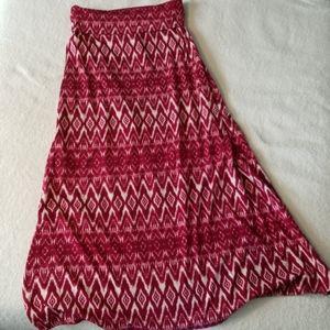 Ultra Flirt Long Red & White Skirt Sz M